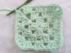 Solid granny square for beginners crochetknitquilting crochet granny square round 3 dt1010fo