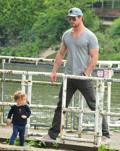Chris hemsworth and india