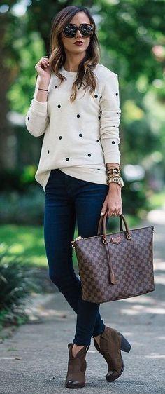 Trendy Outfit Idea Printed Top Plus Bag Plus Dark Skinny Jeans Plus Boots