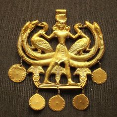 Minoans - Aigina Treasure pendant 1850-1550 BCE  |