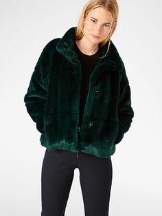 Kožešinový kabát Černá