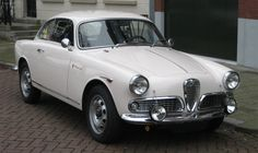 Alfa Romeo Giulietta Sprint (1962) #alfa #alfaromeo #italiandesign