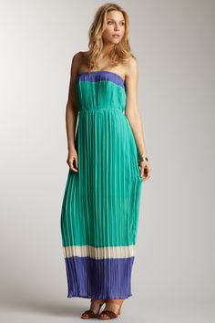 Romeo & Juliet Couture  Strapless Pleated Colorblock Maxi Dress