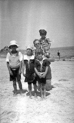 John, Rosemary, Joe Sr, Eunice, and Kathleen in Cohasset