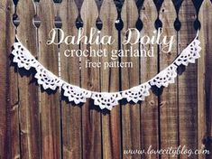 Love City: crochet love {dahlia doily scallop garland}Making this for my li'l sweetie's birthday party: I'm thinking pink for a ballet party! Crochet Home, Crochet Gifts, Cute Crochet, Beautiful Crochet, Crochet Yarn, Crochet Garland, Crochet Decoration, Crochet Doilies, Doily Garland