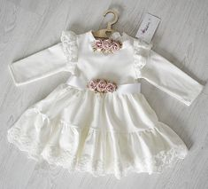 Milulove.pl Girls Dresses, Flower Girl Dresses, Wedding Dresses, Fashion, Dresses Of Girls, Bride Dresses, Moda, Bridal Gowns, Fashion Styles