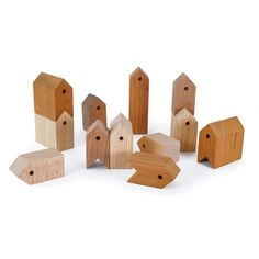 wooden houses, designed by Eliza Yokina - Ubikubi Last Minute Christmas Gifts, Wooden Toys, Wooden Houses, Practical Gifts, Simple Designs, Triangle, Objects, Creative, Presents