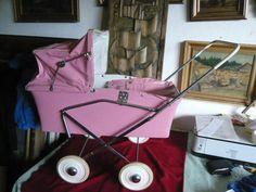 Prastar� zna�en� ko��rek pro panenku-TOP stav !!! Pram Stroller, Baby Strollers, Vintage Pram, Prams And Pushchairs, Dolls Prams, Old Dolls, Retro, Children, Sweet
