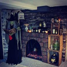 Halloween Heks   En hjemmelavet kunstig pejs