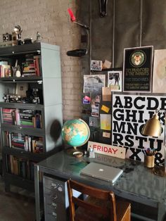 Shelley's Loft Full of Collected Treasures House Tour Decorating With Junk, Dorm Design, House Design, Desk Areas, Loft House, Workspace Inspiration, Wood Beams, Dream Rooms, Concrete Floors