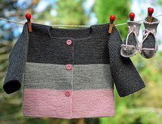 layette ensemble rose et gris 3 mois brassière et chaussons neuf tricoté main Love this color combination