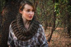 Claire's Outlander Cowl Kit - 3 Skeins RADIUS Bulky + Free Pattern