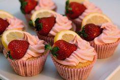 strawberry lemonade cupcakes imnallo