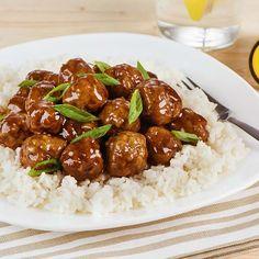 Mélanger la viande de porc, les miettes de pain, l'œuf, la moitié des oignons verts, l'ail, le gingembre, le sel et le poivre jusqu'à ce que le tout soit bien homogène. Rouler en boulettes de 1 po (2,5 cm) et les disposer dans une mijoteuse. Verser la sauce pour cuisson miel et ail VH® sur … Continue reading Boulettes de viande au miel et à l'ail →