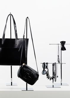 Metal displays for jewellery, bags and shoes presentation. Bold, simple and practical in use and its appearance. Bag Display, Display Design, Store Design, Merchandising Displays, Store Displays, Mannequin Legs, Salon Design, Noritake, Boutique Design