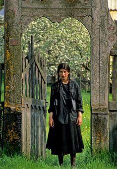 Roma girl at Valea Strîmba, Romania.