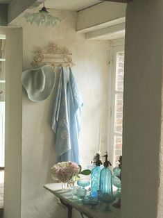 French country style vignette in blues & soft whites #interior #home #mytumblr
