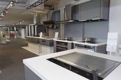 Profi Steam und Co. von Electrolux können auch im Kunden Center in Emmenbrücke von nächster Nähe erlebt werden. Ob bei einer Beratung oder einem Kochseminar https://www.facebook.com/pages/Electrolux-Kunden-Center-Emmenbr%C3%BCcke/403608869695408