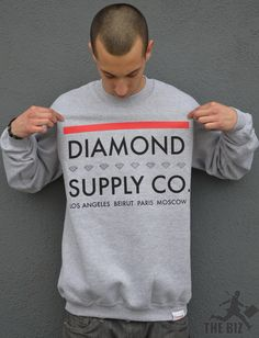 i always wanted my man to wear diamond co supply clothing so he can make it known who he is wit lol :)