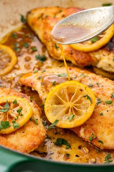 easy chicken dinner recipes - simple ideas for quick chicken dishes Easy Chicken Dinner Recipes, Easy Meals, Weeknight Meals, Tabbouleh Salad, Pastas Recipes, Ramen Recipes, Chicken Stuffed Peppers, Healthy Dinner Recipes, Easy Recipes