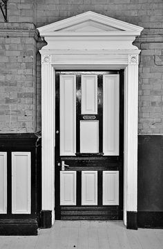 Black and White Door - England. For Ken! Grand Entrance, Entrance Doors, Doorway, The Door Is Open, When One Door Closes, Boutique Homes, Unique Doors, White Doors, W 6