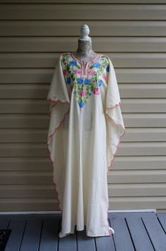 Vintage Silk Embroidered Womens Kaftan/Caftan by RomantiqueTouch