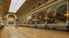 The Palace of Versailles is one of Paris most beautiful places to visit! Find out more about it. Versailles Hall Of Mirrors, Palace Of Versailles, Louis Xiv, 3d Flooring, Geometric 3d, 17th Century Art, Cube Design, French History, Parisian Apartment