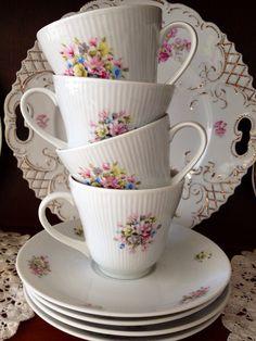 Vintage Bavaria Tea Cups and Saucers