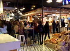 Mercado Victoria en actividad de domingo por la mañana