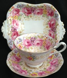 Royal Albert Serena Tea Cup And Saucer Tea Cup Set, My Cup Of Tea, Tea Cup Saucer, Royal Albert, Tadelakt, China Tea Sets, Cuppa Tea, Tea Service, Chocolate Pots