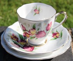 This Royal Standard china was made by Chapmans Longton Ltd, England, circa…