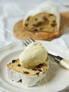 Almond ice cream #glutenfree | More foodie lusciousness here: http://mylusciouslife.com/photo-galleries/wining-dining-entertaining-and-celebrating/