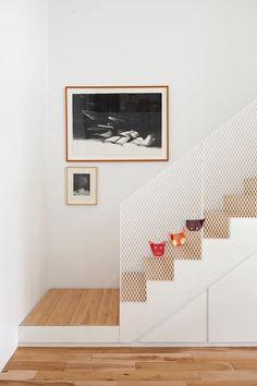 deko idee f r die wand unter der treppe treppen in 2019 haus treppe haus und wohnzimmer. Black Bedroom Furniture Sets. Home Design Ideas