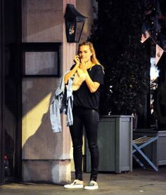Margot Robbie Margot Robbie Style, Margot Elise Robbie, Margot Robbie Harley Quinn, Tonya Harding, Airport Outfits, Adventure Film, Bebe Rexha, Influential People, Tarzan