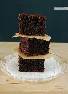 Brownie de calabacín. Receta vegana Vegan Brownie, Vegan Cake, Brownie Recipes, Healthy Desserts, Raw Food Recipes, My Recipes, Sweet Recipes, Cookie Recipes, Dessert Recipes