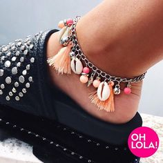 10 Brilliant Adorable DIY Anklets for Beachwear Jewelry Design Earrings, Shell Jewelry, Shell Necklaces, Moda Afro, Anklet Designs, Ankle Chain, Beautiful Sandals, Beaded Anklets, Diy Accessories