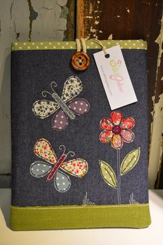 Funda para tablet con tela reciclada  -  Cover for tablet with recycled fabric