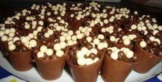 O Sofisticado e irresistivel Sabor do Chocolate!!..50 copinhos de chocolate com 4 opções de recheios