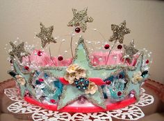To all my friends: yes, you will all be getting handmade crowns now. Sorry, but it must be done.