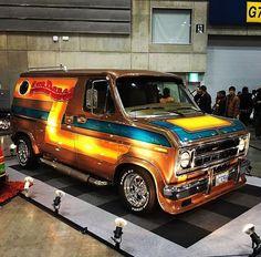 The Best 14 Custom Vans Ideas Classic Trucks, Classic Cars, Ranger, Old School Vans, Dodge Van, Vanz, Van Car, Day Van, Vintage Vans