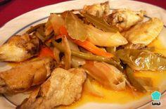 Aprende a preparar escabeche de pollo tradicional con esta rica y fácil receta. Ají y vinagre son dos ingredientes que no pueden faltar en la preparación de un buen...