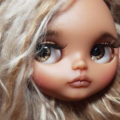 I found those pic on my phone. NO FILTERS NO EDITING  I miss her  she lives in Sweden now with her kind mom.  #sugardollcustom #pineappleprincess #blythetakara #blytheoriginaltakara
