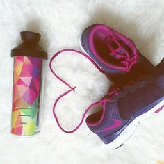 Stay fit. Stay hydrated. Stay Hydrated, Nike Huarache, Stay Fit, Baby Shoes, Sneakers Nike, Workout, Bottle, Fitness, Instagram Posts