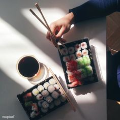 """We had this sushi takeaway for lunch yesterday and it was absolute heaven in mouth! I Love Food, Good Food, Yummy Food, Vietnamese Street Food, Selfies, Chicken Wing Recipes, Sushi Rolls, Japanese Food, Japanese Culture"