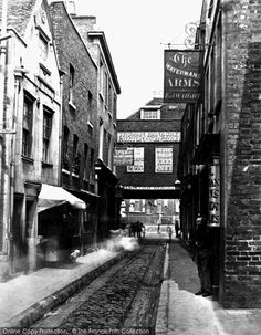 London, Chelsea Watermans Arms 1875. #London #Chelsea #nostalgia