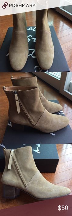 """NIB Banana Republic Suede Boots Brand New Banana Republic suede boots. Heel 2"""". Zipper on side. Absolutely gorgeous. Kind of a greenish/grey suede color. Goes with everything. NIB. Pet and smoke free home. Banana Republic Shoes Ankle Boots & Booties"""