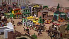 Una exposición reúne más 5.000 piezas de Playmobil