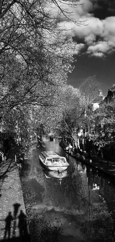 Viaggiare..... Follow me at Peppinocapuanojewelry... #peppinocapuanojewelry#lammiragliaviaggi#pietrepreziose#jewels#travel#Utrecht#newevent#aroundtheworld#gioiellosumisura#viaggiosumisura#madetomeasure