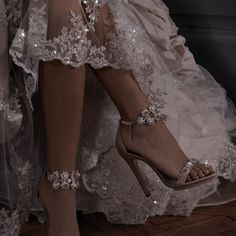 Queen Aesthetic, Classy Aesthetic, Aesthetic Shoes, Princess Aesthetic, Aesthetic Vintage, Ball Dresses, Ball Gowns, Glamouröse Outfits, Vetement Fashion