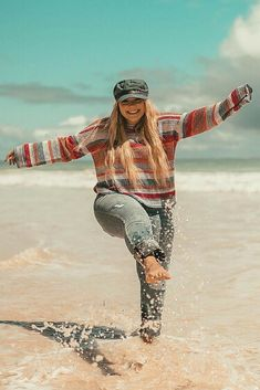 Fall Beach Outfits, Plus Size Beach Outfits, Hawaii Outfits, Vacation Outfits, Cute Summer Outfits, Outfit Summer, Island Style Clothing, Love Clothing, Curvy Outfits